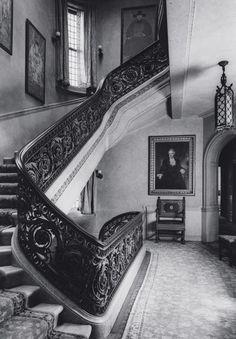 first interior designer in history 1900