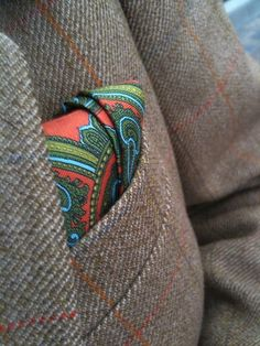 """Tweedland"" The Gentlemen's club: The Pocket Square"