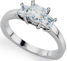 Davante | Nue Diamonds $825 Euro band, loving three stone #engagement rings #wedding http://www.nuediamonds.com/wholesale_loose_diamonds_diamonds_artificial_Davante_princess.html