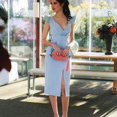 Fan de mi último outfit de invitada con vestido de @blancaspina , clutch de @olvidomadrid , zapatos de @nuria_cobo_zapatos , tocado de @airuntocados y beauty de @marta_gamarra . Todas las fotitos de @segadecastro en la @laquintadeillescas en mi blog www.invitadaperfecta.es . . #invitadaperfecta #invitadaboda #wedding #invitada #boda #invitadabodas #tocados #invitadaideal #invitadabodadedia #bodas #invitadas #weddingday #style #bodas2018 #fashion #look #moda #weddingdress #weddingguest #...