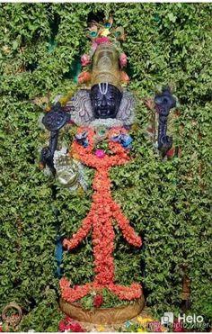 Hanuman Chalisa, Krishna Radha, Hanukkah Greeting, I Love You Lord, Lord Balaji, Lord Murugan, Radha Krishna Wallpaper, Ganesha Painting, Holiday Wallpaper