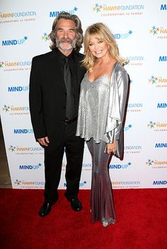 27 Celebrity Couples Who Prove Love Can Last A Lifetime Goldie Hawn Kurt Russell, Celebrity Movie Archive, Longest Movie, Prove Love, Kate Hudson, Bill Hudson, Over 60 Fashion, Famous Couples, Love Can
