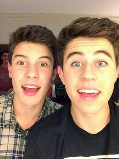 Shawn Mendes and Nash Grier being photo bombed by Jack Gilinsky (MagCon Boys)