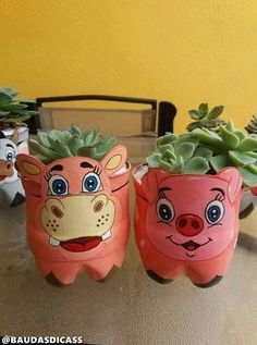 Arts And Crafts Festival Refferal: 8439759565 Plastic Bottle Planter, Plastic Bottle Flowers, Plastic Bottle Crafts, Recycle Plastic Bottles, Recycled Bottle Crafts, Recycled Crafts, Diy Home Crafts, Garden Crafts, Crafts For Kids