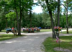 Camping northern Michigan  * Twin Oaks Campground & Cabins. * Manistee Ntl. Forest - Northwood's of upper Michigan by the Pine & Big Manistee Rivers, Tippy Dam area. Fish (salmon - steelhead - panfish), Canoe, Kayak, Hike, Hunt, ATV (Trailer to trailhead), Morel Mushroom Hunt. 50-30-20 full, water-electric, rustic sites & full housekeeping cabins. Holiday weekend activities. Large sites - CLEAN facilities. Big rig, kid & pet friendly. www.twinoakscamping.com