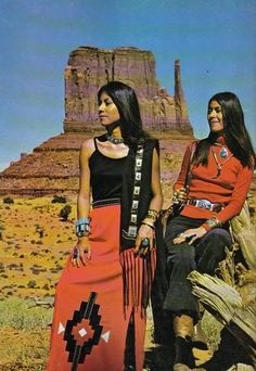 Two Native American women on an Arizona magazine from the Two Native Americans in a Arizona magazine Native American Clothing, Native American Beauty, Native American History, American Indians, American Symbols, Native American Models, American Indian Girl, Native American Regalia, The Americans