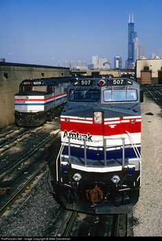 RailPictures.Net Photo: AMTK 507 Amtrak GE P32BWH (Dash 8-32BWH) at Chicago, Illinois by Mike Danneman