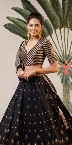Pinterest • @bhavi91 #blousedesigns Pinterest • @bhavi91