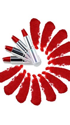 Clinique Kisses Gift Set 💋 - Five brilliant shades of Dramatically Different™ Lipstick. Rich, hydrating colour with care at it - Oriflame Beauty Products, Lipstick For Fair Skin, Lipstick Shades, Motion Photography, Lipstick Designs, Makeup Gift Sets, Ads Creative, 4th Of July Nails, Natural Lips