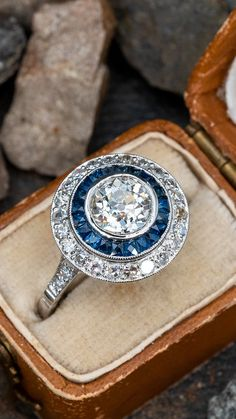 Fit for a princess 💍 Sku AE18208 Estate Rings, Garnet Jewelry, European Cut Diamonds, Vintage Engagement Rings, Art Deco Fashion, Timeless Fashion, Blue Sapphire, Diamond Cuts, Wedding Rings