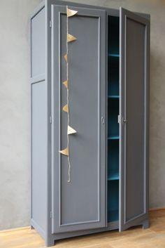 Alberte l'armoire parisienne - petite belette