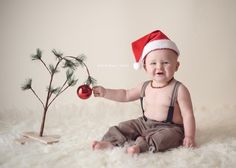 Christmas  portrait: baby (by Milk & Honey)