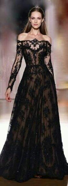 Vestido de noche color negro