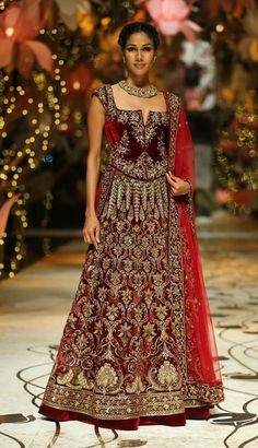 Designer Maroon replica bollywood bridal lehanga in Velvet B15404