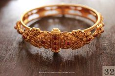 Gold Kada Bangles Designs, Gold Antique Kada Bangle Designs, Antique Kada Bangle Designs.