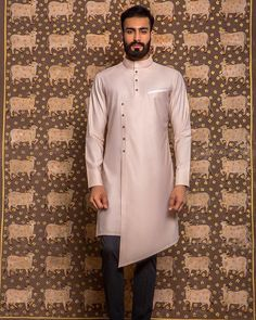 Outfit indian men fashion, mens fashion wear, fashion outfits, mens k Indian Men Fashion, Mens Fashion Wear, African Fashion, Fashion Outfits, Ethnic Fashion, Kurta Men, Boys Kurta, Mens Ethnic Wear, Kurta Style