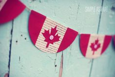 Celebrate Canada Day and add some maple leaf flair to your decor with this banner that uses simple household items. Canada Celebrations, Canada Day Fireworks, Canada Day Crafts, Canada Day Party, Canada Holiday, Canada Christmas, Happy Canada Day, O Canada, Craft Day