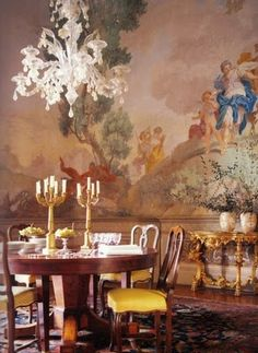 Ferragamo's dining room fresco portrays Diana and her hunting party.