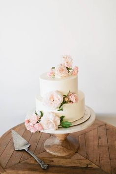 Stunning California wedding in an array of pastels via Magnolia Rouge