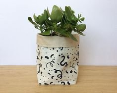 Fabric Planter Bucket Soft Pot Stylish Plant Holder Home Plant Holders, Potted Plants, Planter Pots, Unique Jewelry, Handmade Gifts, Fabric, Apartment Ideas, Etsy, Vintage