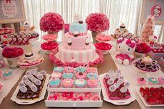 Ideias para uma Festa da Hello Kitty! Simplesmente perfeita! Ideas for a Hello Kitty Party! Simply perfect!