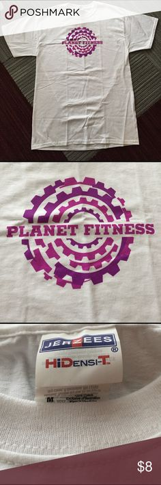 Planet Fitness workout t-shirt NEW! Med Brand new t-shirt from Planet Fitness. Size medium! Planet Fitness Tops Tees - Short Sleeve