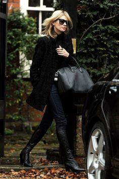 Kate Moss Photos - Kate Moss Heads to Lunch - Zimbio