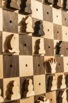 I like the idea of a wall-hanging chess set – it doesn't take up space on your tables so you can take your time to play agame. It also has the secondary function of wall art/decoration…