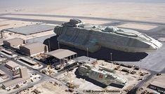 Battlestars and Gunstars Alien Spaceship, Spaceship Design, Star Wars Rpg, Star Trek, Ship Craft, Starship Concept, Sci Fi Spaceships, Landing Craft, Sci Fi Environment