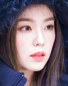 Check out Black Velvet @ Iomoio Seulgi, Red Velvet アイリーン, Red Velvet Irene, Red Velvet Photoshoot, Red Valvet, Ulzzang Korean Girl, Korean Celebrities, Beautiful Asian Girls, K Pop