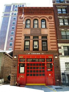 FDNY Firehouse Engine 47, Morningside Heights, New York  shared by nyfirestore.com Cityhttp://mw2.google.com/mw-panoramio/photos/medium/29971089.jpg