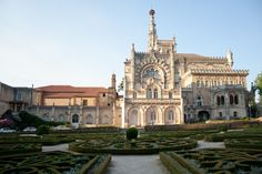 Top 15 #Palaces to visit in Portugal 24.01.2015 - via Go Portugal | There are many palaces in Portugal. You can find medieval, romantic and royal palaces. Also is possible to sleep in some palaces because the are now transformed in Palace Hotels. Here a list of the most beautiful palaces to go. #portugal #travel #culture #tips Photo: Buçaco Palace