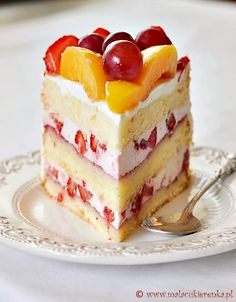 Köstliche Desserts, Delicious Desserts, Yummy Food, Yummy Yummy, Beautiful Cake Designs, Peach Fruit, Fun Easy Recipes, Desert Recipes, Yummy Cakes