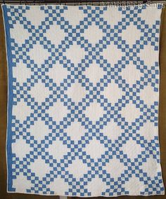 "Pretty Cornflower Blue & White Antique c1920 Irish Chain QUILT 80x64"" Farmhouse 