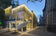Contemporary McDonalds by Mei Architects - Photography by Jeroen Musch 10