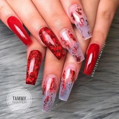 Nail art Christmas - the festive spirit on the nails. Over 70 creative ideas and tutorials - My Nails Clear Acrylic Nails, Clear Nails, Gem Nails, Aycrlic Nails, Red Ombre Nails, Cruise Nails, Formal Nails, Rhinestone Nails, Simple Nails
