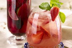It' a Lovely Day for a Vodka Strawberry Lemonade