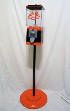 vintage gumball machine themed Chevrolet + stand – Custom Gumball Machine