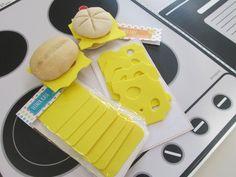 Tolle kostenlose Bastelideen inkl. Bastelvorlagen, um Kaufladenzubehör selber machen zu können. So wird der Kinder-Kaufladen der Hit! Schau gleich vorbei!