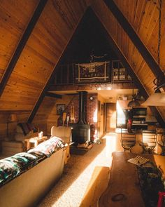 """10.8k Likes, 86 Comments - Cabin Folk (@cabinfolk) on Instagram: """"Is it really a cosy cabin without a guitar and blankets? Tag who you want to be laid next to…"""""""