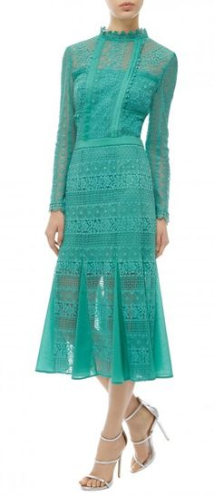 For this engagement, Kate slipped out of her fast-fashion maxi dress from earlier today and into a high-end frock from Temperley London, wearing the designer's jade green 'Desdemona' Lace Dress (£665). - See more at: http://www.katescloset.com.au/kate-news/royal-tour-day-3-kate-wears-jade-green-temperley-lace-dress-for-meeting-with-indian-pm#sthash.53qPli0Y.dpuf