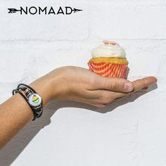 Quel est votre petite douceur préférez ? Cupcake ou bracelet Nomaad ? Cupcakes, Wood Watch, Accessories, Fashion, Gentleness, Moda, La Mode, Cupcake, Wooden Clock