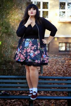 CONQUORE · The Fatshion Café | Fashion Plus Size Blog: Easy Peasy girly look