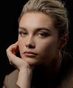 """""""Florence Pugh by Carl Timpone for TimesTalks"""" Pretty People, Beautiful People, Florence Pugh, Celebrity Portraits, Celebrity Headshots, Vogue, Madame, Beautiful Actresses, Girl Crushes"""
