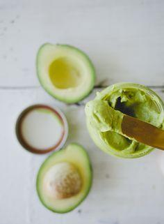 Avocado Mayo \\ Sweet Laurel