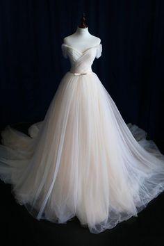 Elegant Off-shoulder Tulle Pleat Wedding Gowns,Sweep Train V Neck Wedding Dress,OMW20