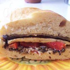 Sanduíche maravilhoso de berinjela, pimentão e parmesão @ allrecipes.com.br