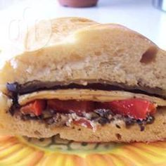 Sandwiches met aubergine, rode paprika en parmezaanse kaas @ allrecipes.nl