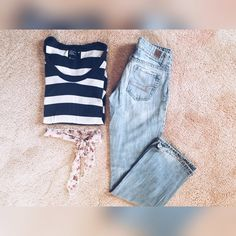 American eagle outfitters striped long sleeve tee This versatile long sleeve tee is a go-to piece for any closet❤️ pair it with some jeans and an overcoat for a classic casual look American Eagle Outfitters Tops Tees - Long Sleeve