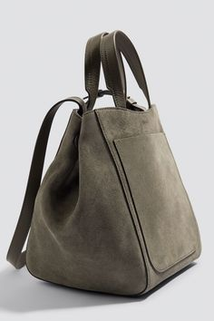Shelby Mini Bucket Leather Bag | na-kd.com